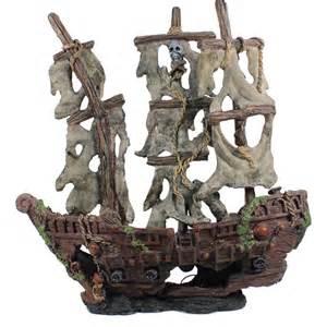 Returned biobubble originals mystery pirate ship large for Aquarium decoration ship
